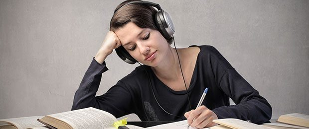 How to Succeed on the TOEIC Listening Section Image