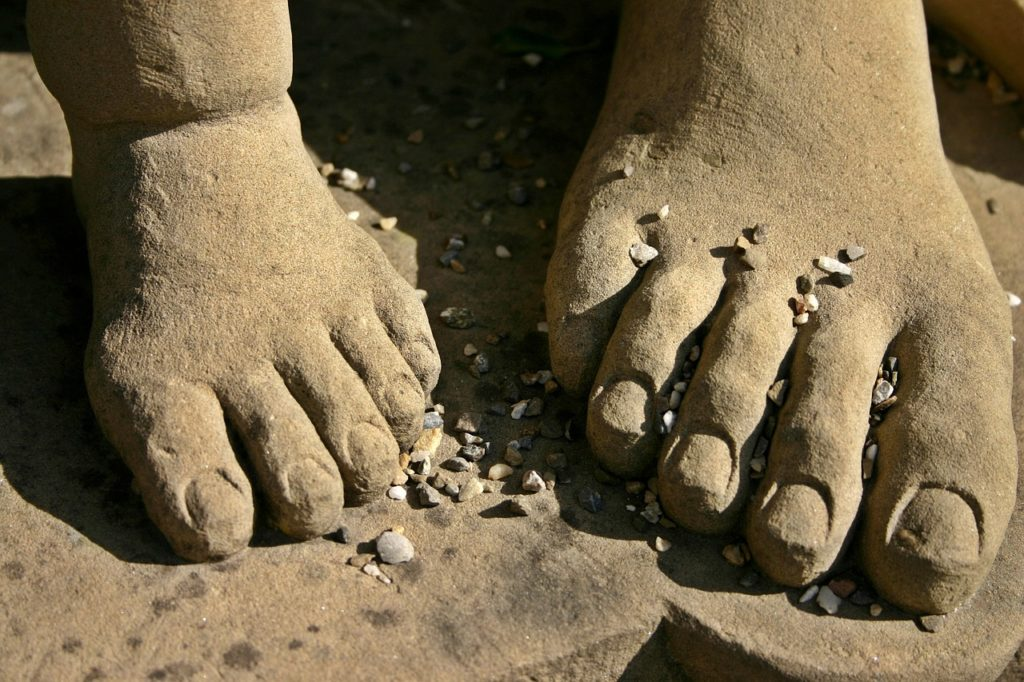 feet-482588_1280