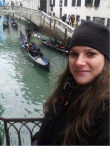 Carla é blogueira e mora na Itália desde 2010