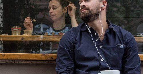 Les meilleurs podcasts gratuits pour apprendre l'espagnol Image