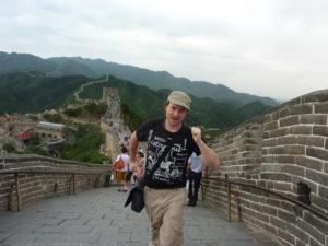Benny en Chine (il parle aussi le Mandarin)