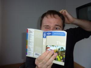 interview-du-clbre-polyglotte-et-voyageur-benny-lewis-phrasebook28-apps-pour-apprendre-rapidement-l039anglais-l039espagnol-l039italien-l039allemand-et-le-portugais-sur-iphone-ipad-android--mosalingua