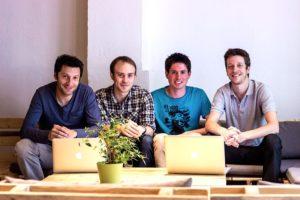 Une petite partie de notre équipe qui travaille tous les jours pour améliorer les applications MosaLingua.