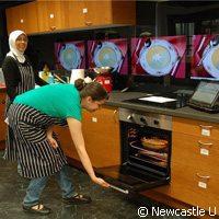 Université de Newcastle, cours de cuisine en français