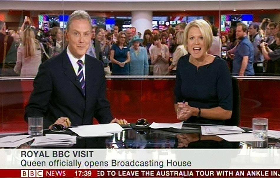 Regarder la télé, lire l'actu (et voir la reine d'Angleterre) en direct, et gratuitement. Pratique !